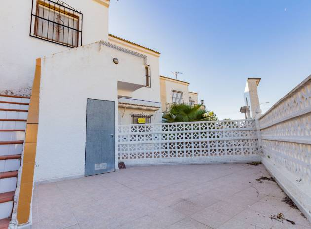 Apartment - Sale - Torrevieja - torreta
