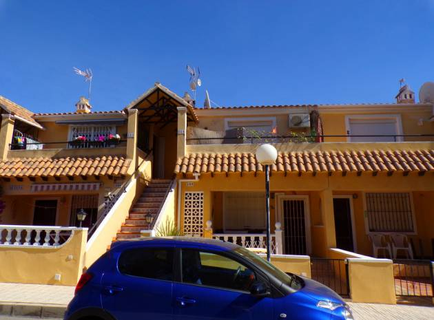 Apartment - Sale - Villamartin - lomas del golf