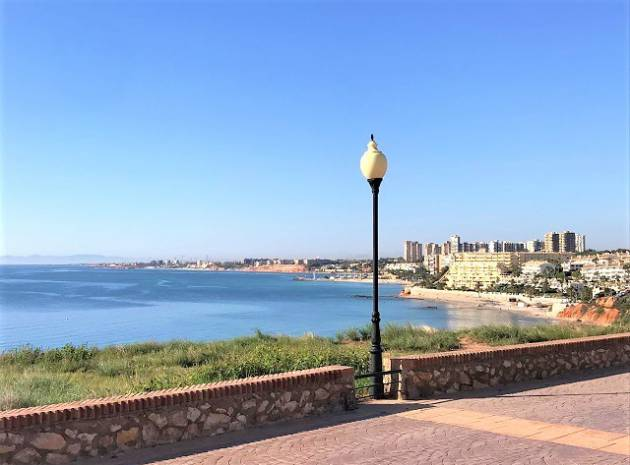 Resale - Villa - Cabo Roig - Costa Blanca South