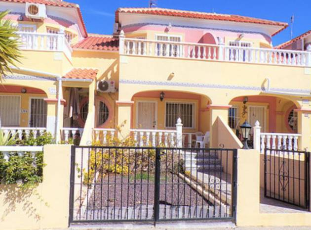 Townhouse - Resale - Villamartin - bosque de las lomas