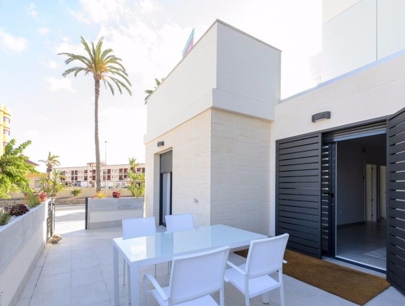 ​BRAND NEW MODERN APARTMENTS FOR SALE IN LOS ALCAZARES