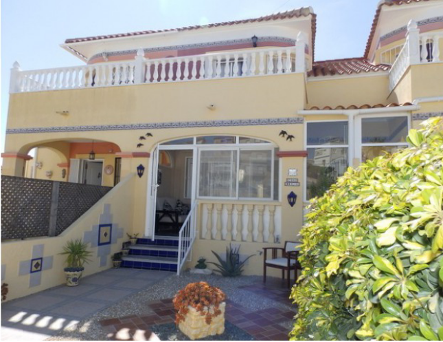 Testimonial - Happy clients purchase completed in Villamartin, Costa Blanca!