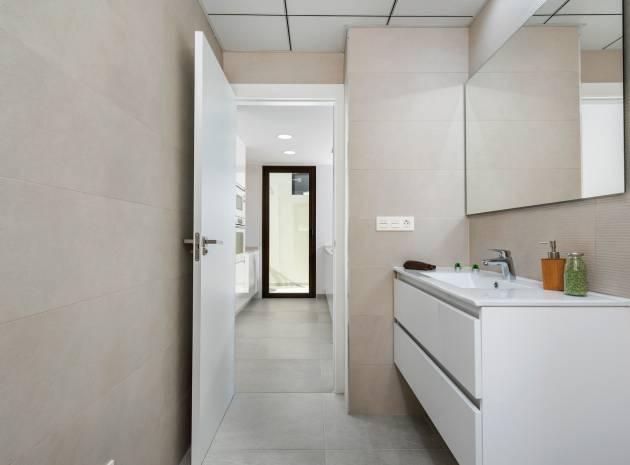 Compleet- Sleutel Klaar - Villa - Ciudad Quesada