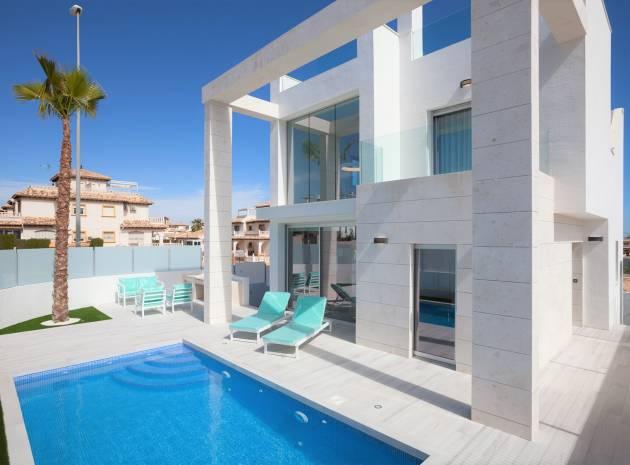 Villa - Komplett - Nyckelklar - Cabo Roig - Cabo Roig
