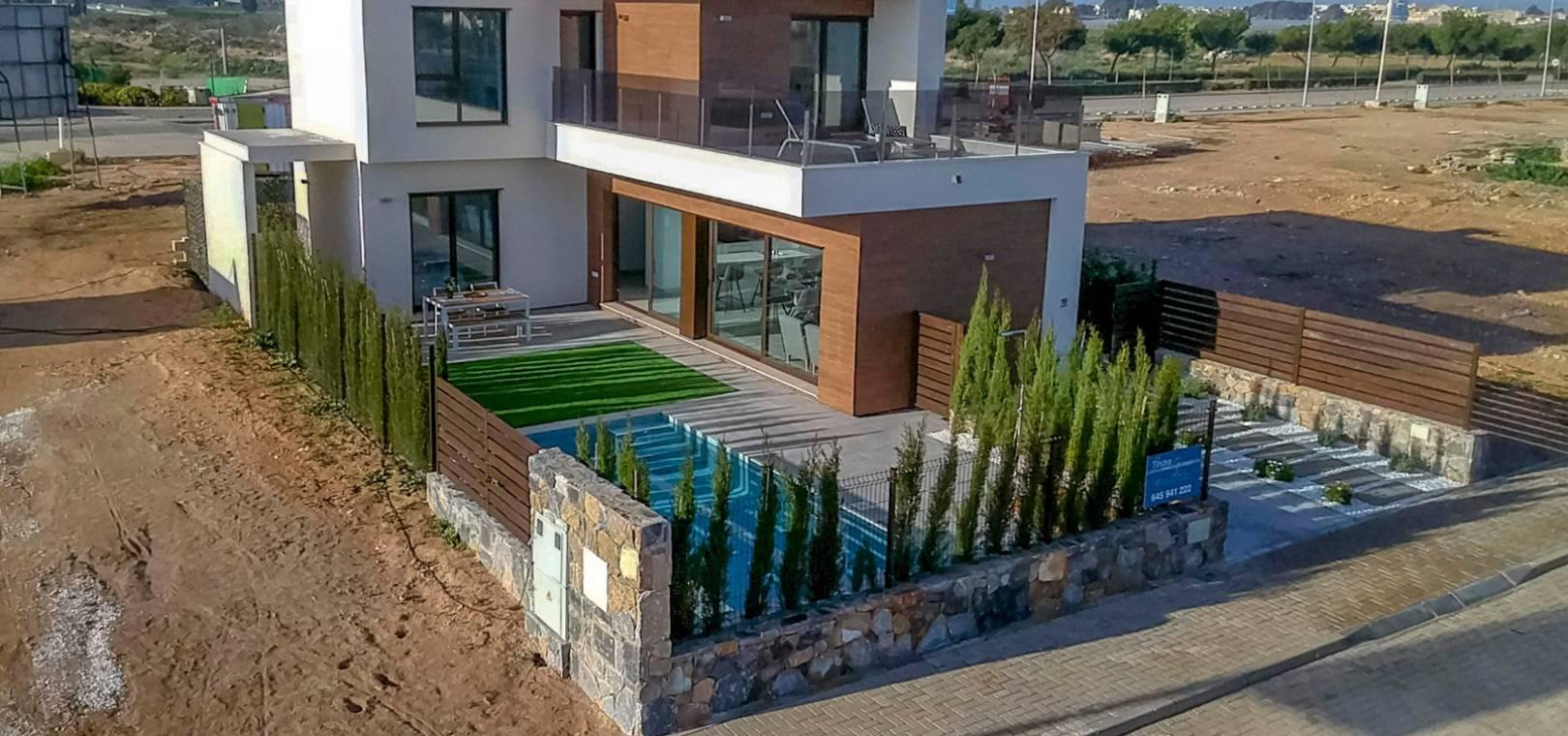 LOS ALCAZARES, RODA GOLF BRAND NEW VILLAS FOR SALE