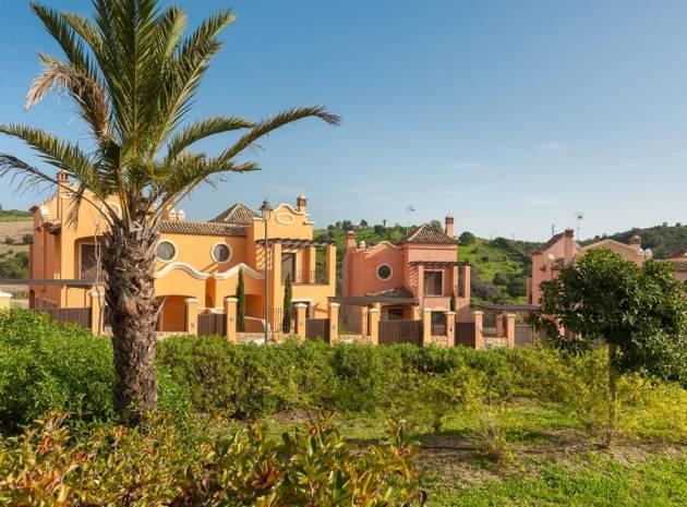 Villa - New Build - Estepona - Estepona