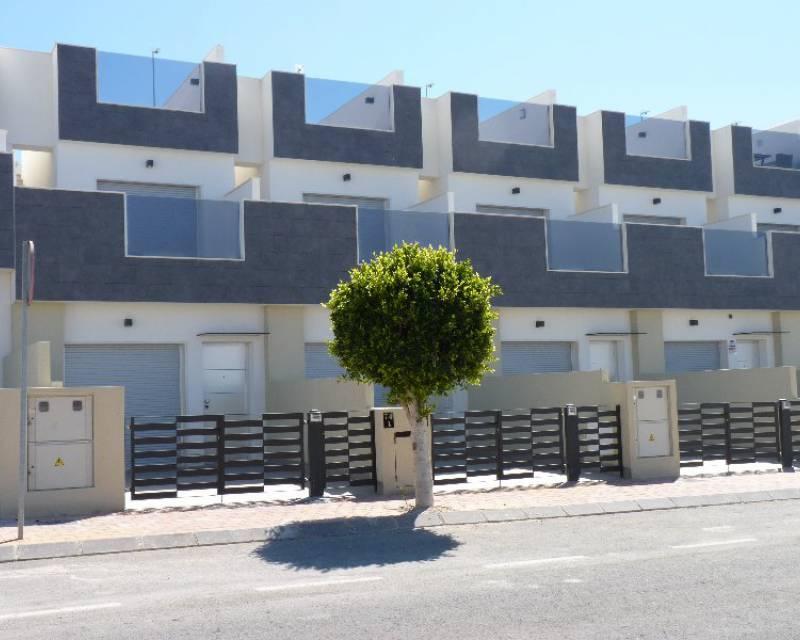 Radhus - Nybyggnad - Torre de la Horadada - Res. Pinada Margove